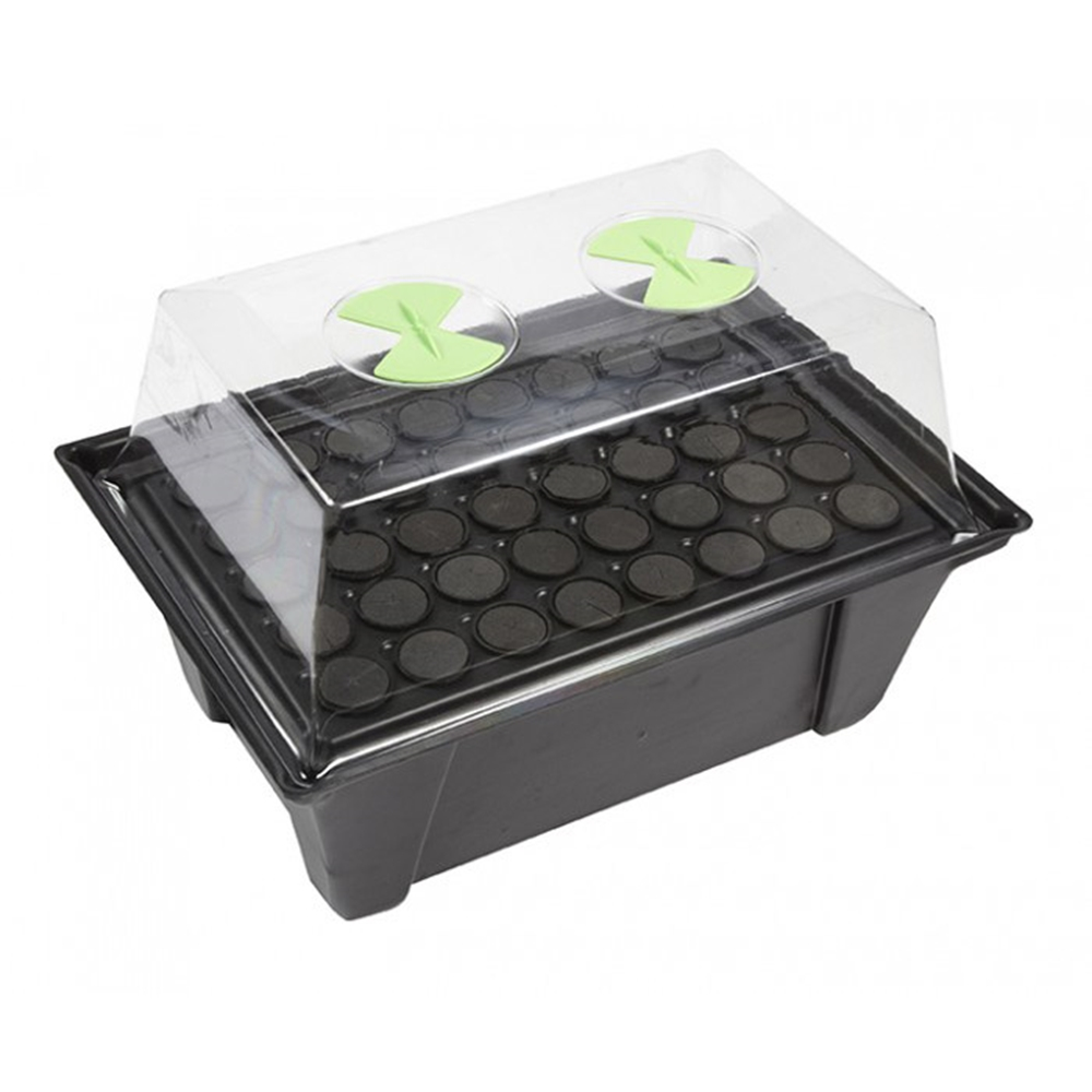 Picture of Aeroponic Propagators